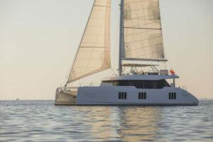 sunreef-70-sailing 2